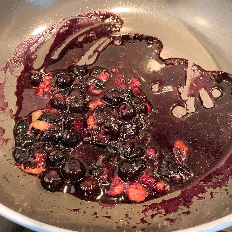 blueberry-sauce